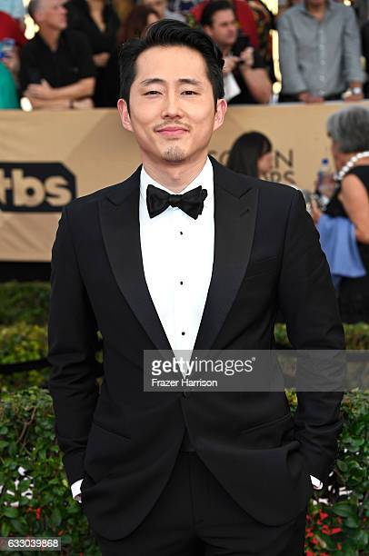 Actor Steven Yeun attends The 23rd Annual Screen Actors Guild Awards at The Shrine Auditorium on January 29 2017 in Los Angeles California 26592_008