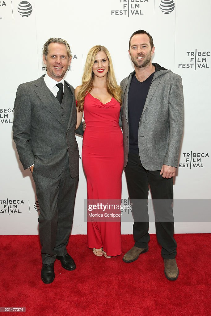Actor Sullivan Stapleton (R) attends the 'Fear, Inc.' Premiere during the 2016 Tribeca Film Festival at Regal Battery Park Cinemas on April 15, 2016 in New York City.