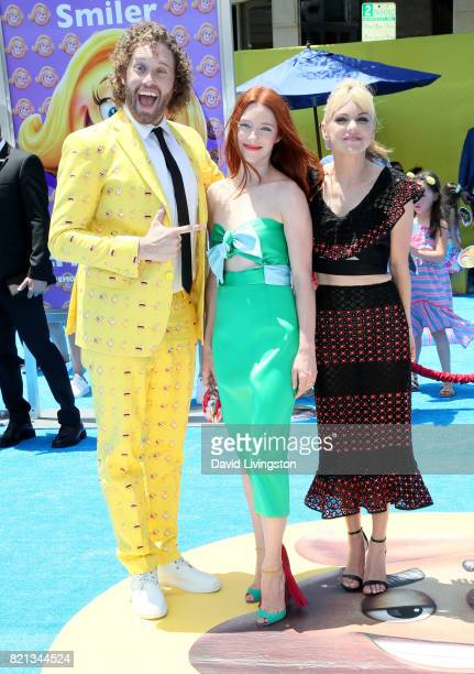 Actor T J Miller actress Kate Gorney and actress Anna Faris attend the premiere of Columbia Pictures and Sony Pictures Animation's 'The Emoji Movie'...