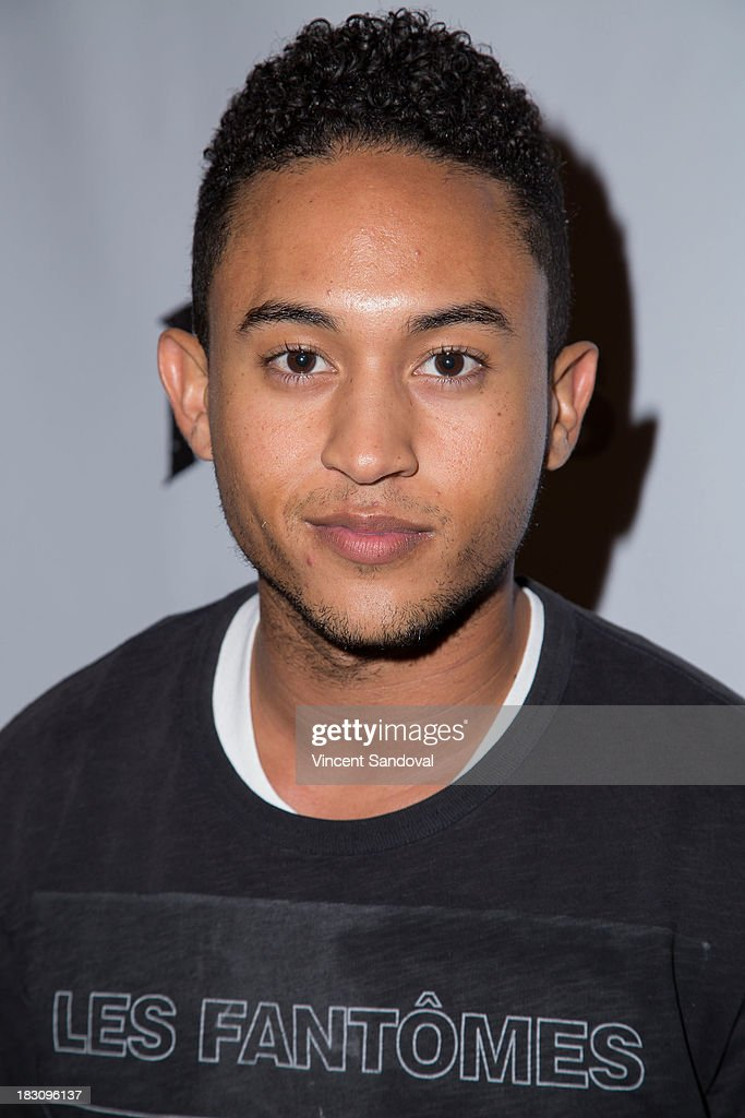 Actor <a gi-track='captionPersonalityLinkClicked' href=/galleries/search?phrase=Tahj+Mowry&family=editorial&specificpeople=2969025 ng-click='$event.stopPropagation()'>Tahj Mowry</a> attends the VIP opening of Knott's Scary Farm HAUNT at Knott's Berry Farm on October 3, 2013 in Buena Park, California.