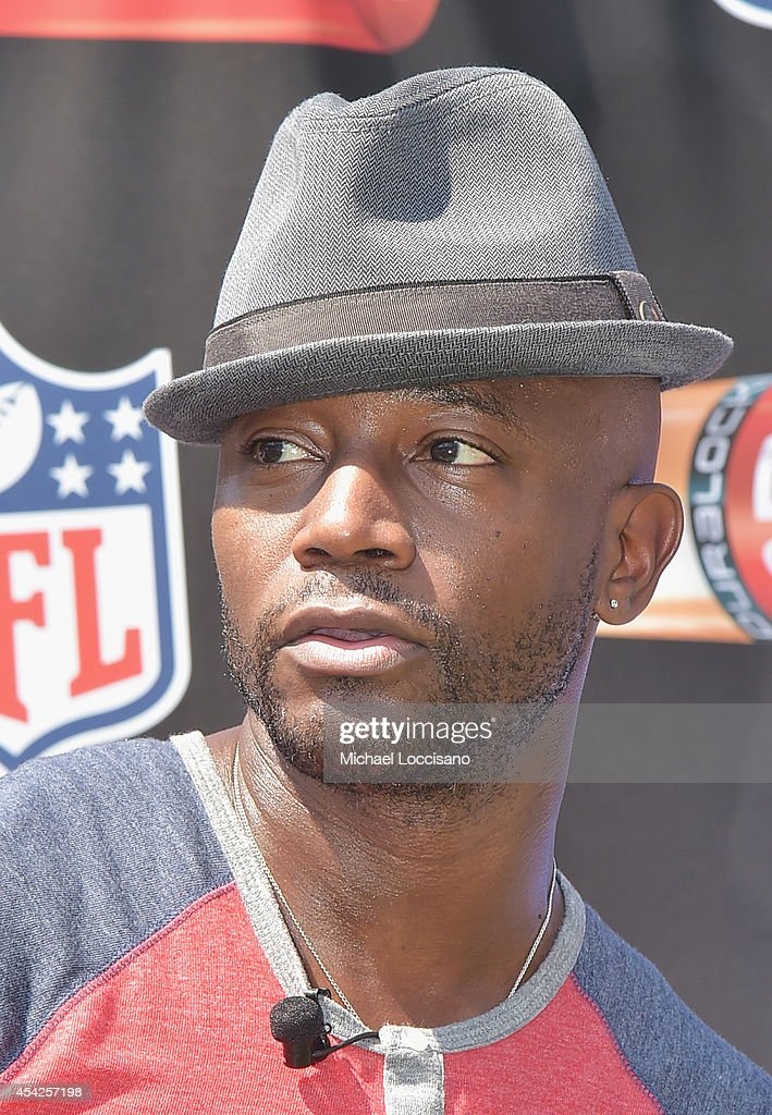 Actor <a gi-track='captionPersonalityLinkClicked' href=/galleries/search?phrase=Taye+Diggs&family=editorial&specificpeople=206415 ng-click='$event.stopPropagation()'>Taye Diggs</a> attends an interactive tour of MetLife Stadium on August 27, 2014 in East Rutherford, New Jersey.