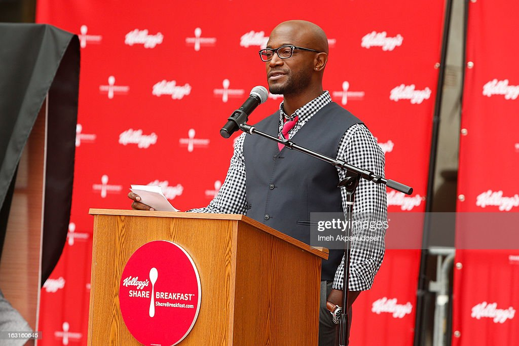 Actor <a gi-track='captionPersonalityLinkClicked' href=/galleries/search?phrase=Taye+Diggs&family=editorial&specificpeople=206415 ng-click='$event.stopPropagation()'>Taye Diggs</a> attends the unveiling of the new Milk Mustache 'got milk' ad campaign as part of Kellogg's Share Breakfast program at Hollywood & Highland Courtyard on March 5, 2013 in Hollywood, California.