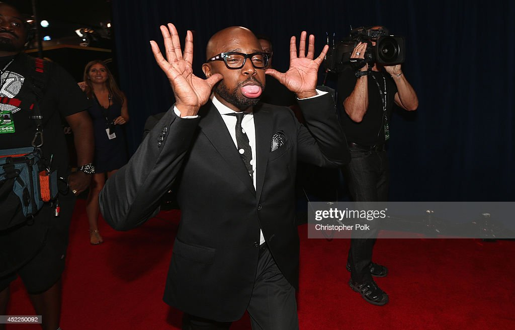 Actor <a gi-track='captionPersonalityLinkClicked' href=/galleries/search?phrase=Taye+Diggs&family=editorial&specificpeople=206415 ng-click='$event.stopPropagation()'>Taye Diggs</a> backstage at The 2014 ESPYS at Nokia Theatre L.A. Live on July 16, 2014 in Los Angeles, California.