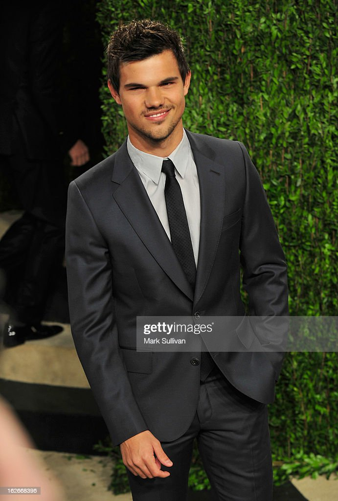 Actor Taylor Lautner arrives at the 2013 Vanity Fair Oscar Party at Sunset Tower on February 24, 2013 in West Hollywood, California.