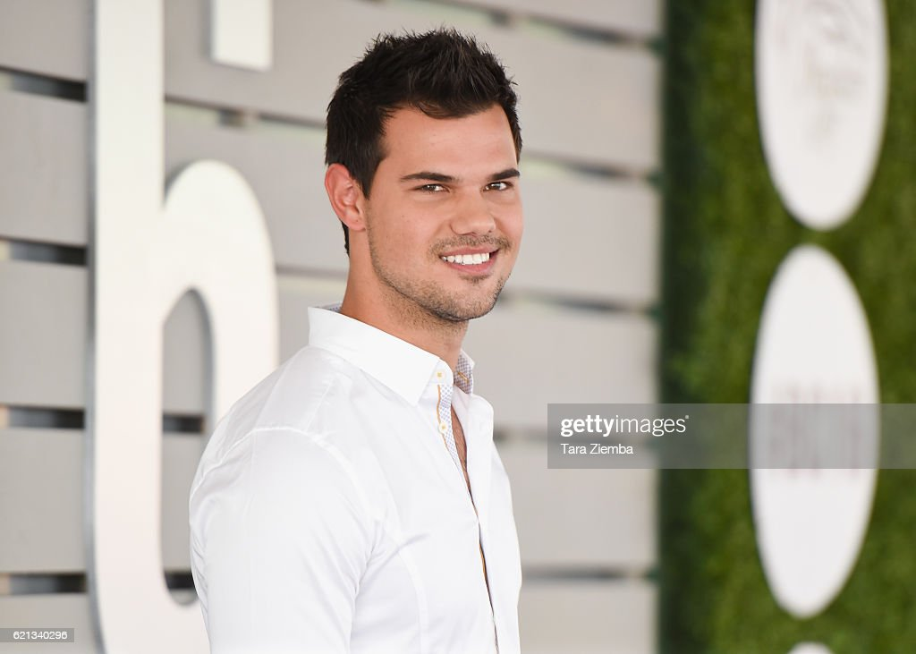 Actor Taylor Lautner attends the 33rd Breeder's Cup World Championship at Santa Anita Park on November 5, 2016 in Arcadia, California.