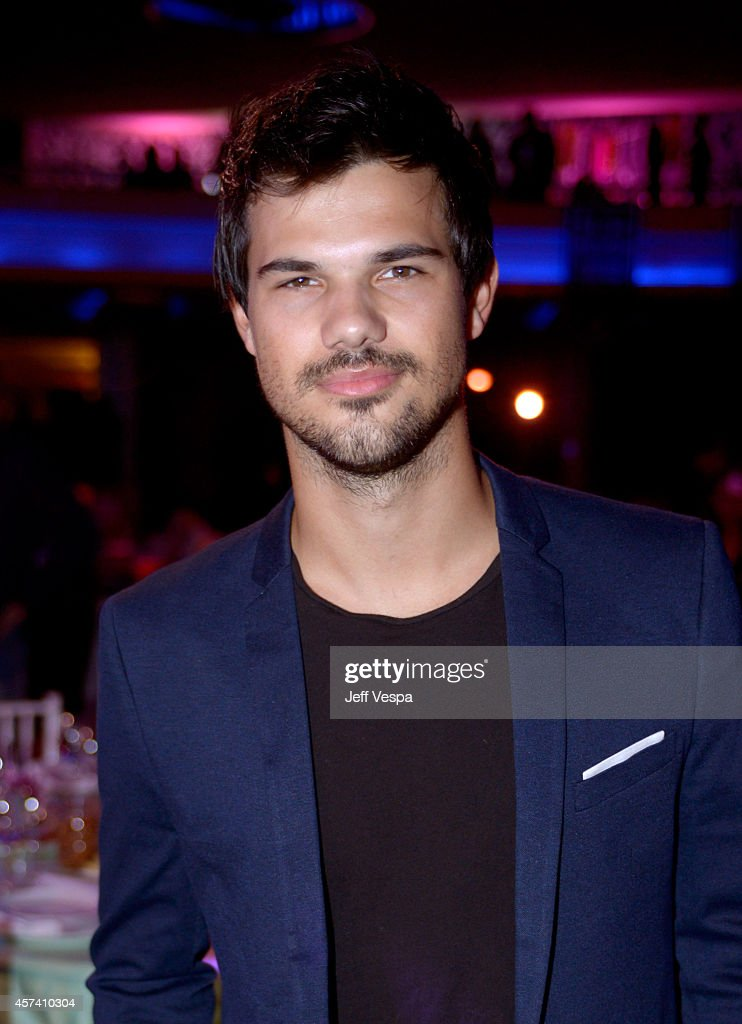 Actor <a gi-track='captionPersonalityLinkClicked' href=/galleries/search?phrase=Taylor+Lautner&family=editorial&specificpeople=228959 ng-click='$event.stopPropagation()'>Taylor Lautner</a> attends the 3rd Annual Hilarity for Charity Variety Show to benefit the Alzheimer's Association, presented by Genworth, at Hollywood Palladium on October 17, 2014 in Hollywood, California.