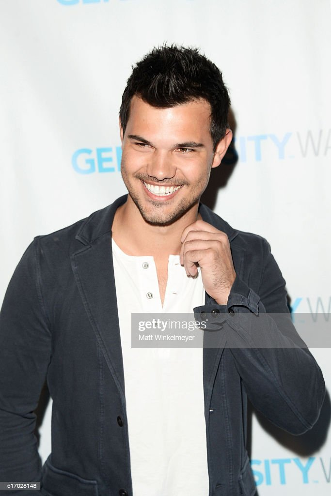 Actor <a gi-track='captionPersonalityLinkClicked' href=/galleries/search?phrase=Taylor+Lautner&family=editorial&specificpeople=228959 ng-click='$event.stopPropagation()'>Taylor Lautner</a> attends the Generosity Water Launch at Montage Beverly Hills on March 22, 2016 in Beverly Hills, California.