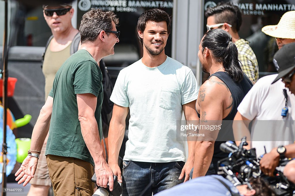 Actor <a gi-track='captionPersonalityLinkClicked' href=/galleries/search?phrase=Taylor+Lautner&family=editorial&specificpeople=228959 ng-click='$event.stopPropagation()'>Taylor Lautner</a> rehearses a scene at the 'Tracers' movie set in the Lower East Side on June 24, 2013 in New York City.