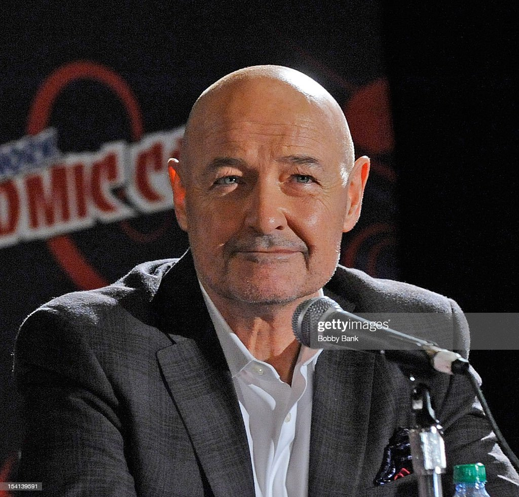 Actor <a gi-track='captionPersonalityLinkClicked' href=/galleries/search?phrase=Terry+O%27Quinn&family=editorial&specificpeople=613081 ng-click='$event.stopPropagation()'>Terry O'Quinn</a> attends the '666 Park Avenue Presentation and Q & A' at the 2012 New York Comic Con at the Javits Center on October 14, 2012 in New York City.
