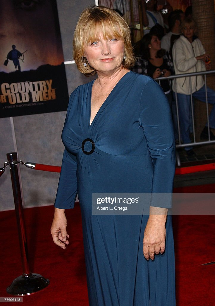 Actor Tess Harper arrives at the Miramax Films' Los Angeles Premiere of 'No Country For Old Men' at the El Capitan Theater in Hollywood, California.