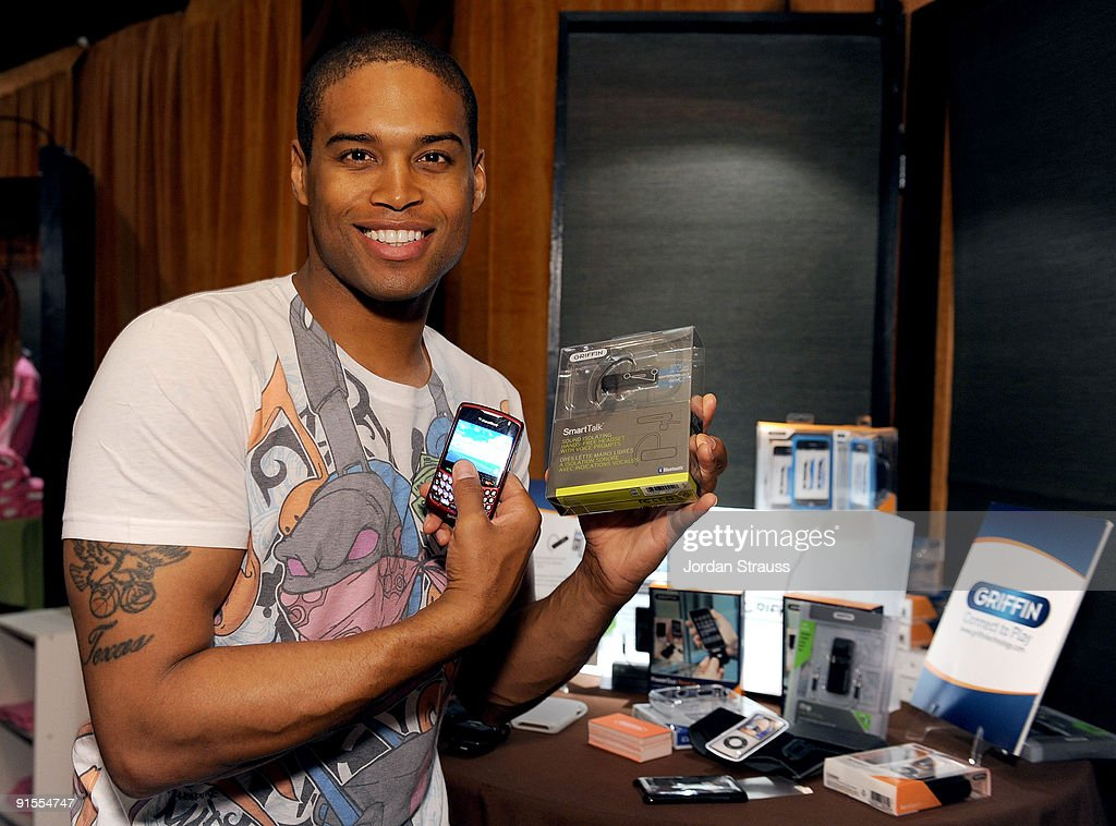 Actor Texas Battle poses in the Daytime Emmy official gift lounge produced by On 3 Productions held at The Orpheum Theatre on August 29, 2009 in Los Angeles, California.