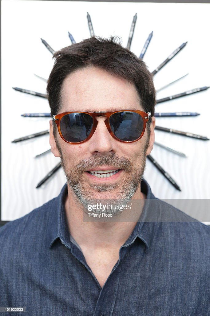 Actor Thomas Gibson attends the GBK & Pilot Pen Pre-Golden Globe Gift Lounge on January 11, 2014 in Beverly Hills, California.