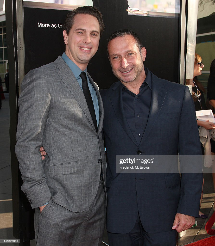 Actor Thomas Sadoski (L) and executive producer <a gi-track='captionPersonalityLinkClicked' href=/galleries/search?phrase=Alan+Poul&family=editorial&specificpeople=2082627 ng-click='$event.stopPropagation()'>Alan Poul</a> attend the Premiere Of HBO's 'The Newsroom' at the ArcLight Cinemas Cinerama Dome on June 20, 2012 in Hollywood, California.