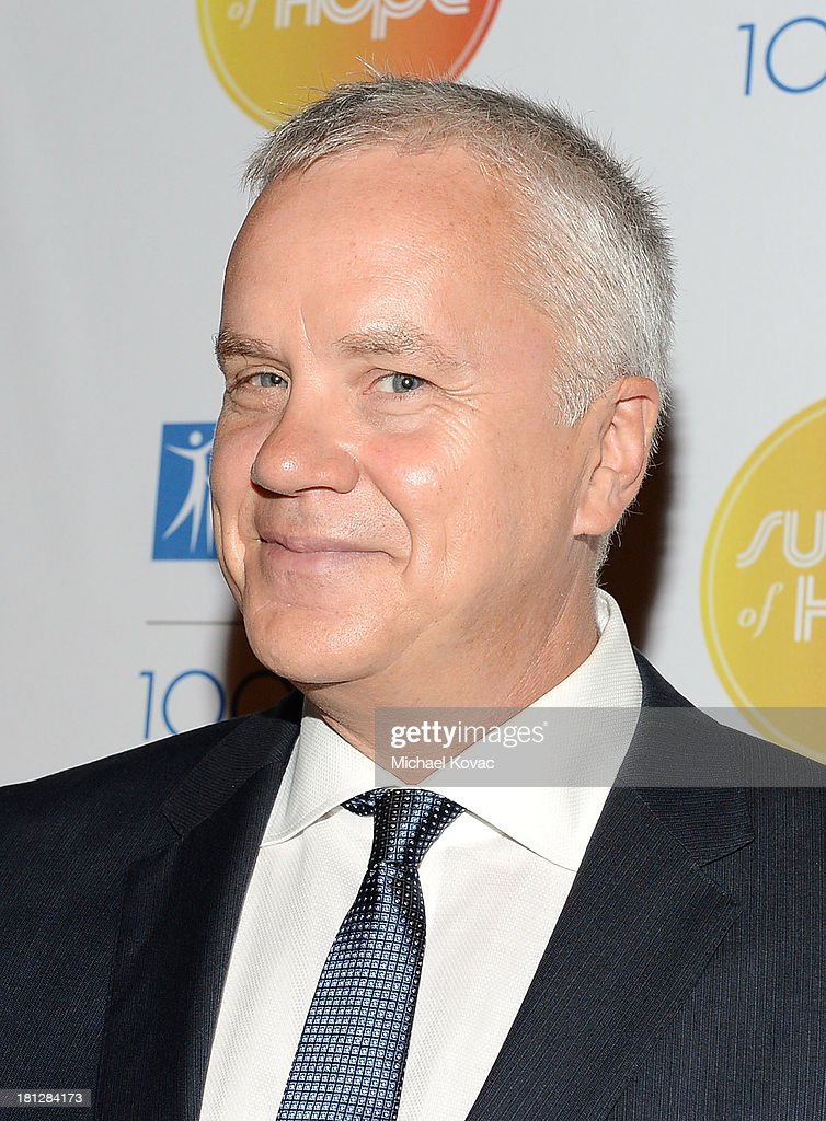 Actor <a gi-track='captionPersonalityLinkClicked' href=/galleries/search?phrase=Tim+Robbins&family=editorial&specificpeople=182439 ng-click='$event.stopPropagation()'>Tim Robbins</a> attends the City Of Hope Spirit Of Life Gala Honoring Rob Light on September 19, 2013 in Playa Vista, California.