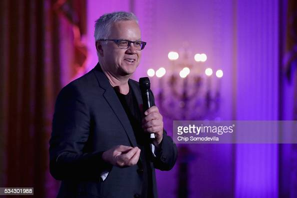 Actor Tim Robbins introduces the students he worked with from Martin Luther King Jr Elementary School in Los Angeles during the White House...