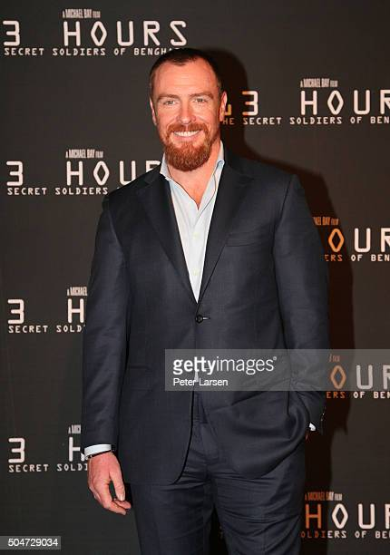Actor Toby Stephens attends the Dallas Premiere of the Paramount Pictures film '13 Hours The Secret Soldiers of Benghazi' at the ATT Dallas Cowboys...