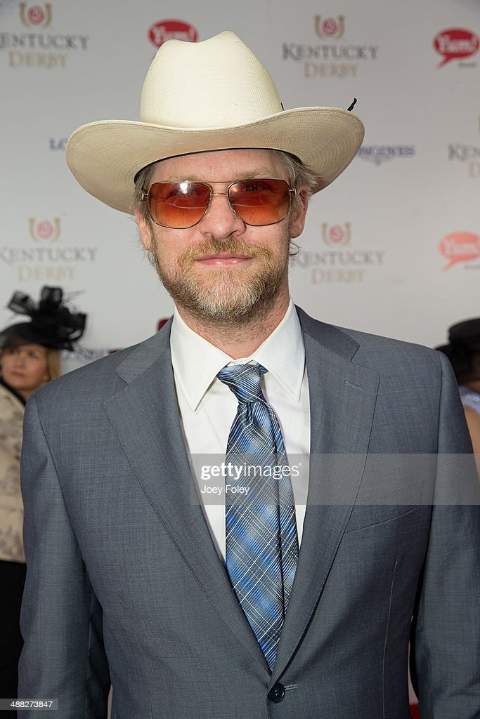 Actor <a gi-track='captionPersonalityLinkClicked' href=/galleries/search?phrase=Todd+Lowe&family=editorial&specificpeople=4070454 ng-click='$event.stopPropagation()'>Todd Lowe</a> attends the 140th Kentucky Derby at Churchill Downs on May 3, 2014 in Louisville, Kentucky.