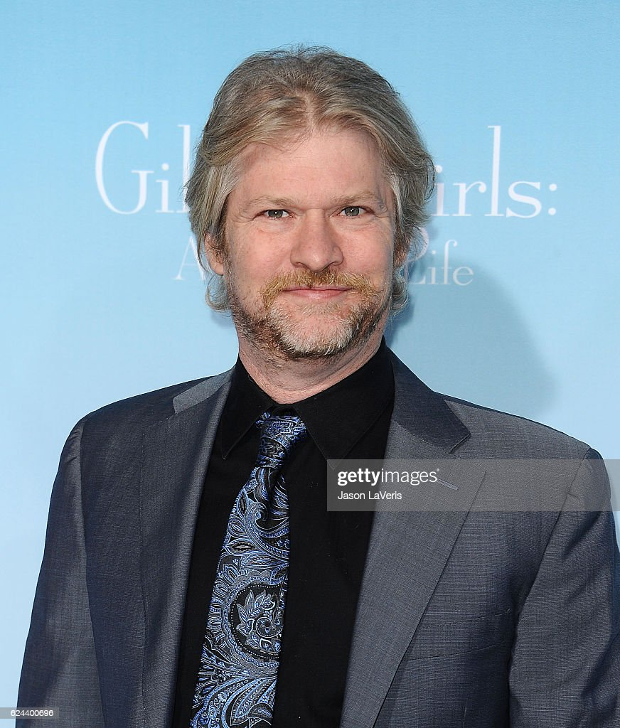 "Premiere Of Netflix's ""Gilmore Girls: A Year In The Life"" - Arrivals"