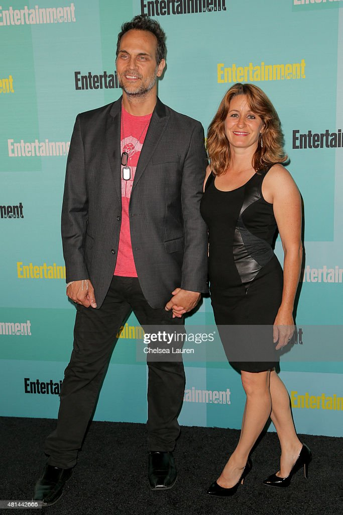 Actor Todd Stashwick (L) arrives at the Entertainment Weekly celebration at Float at Hard Rock Hotel San Diego on July 11, 2015 in San Diego, California.