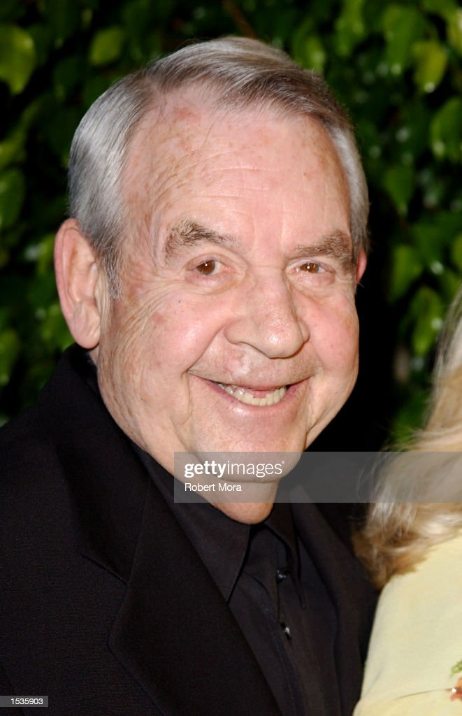 Actor Tom Bosley attends the Friars Club Lifetime Achievement Award Gala honoring Earvin 'Magic' Johnson at the Friar's Club of California on October...