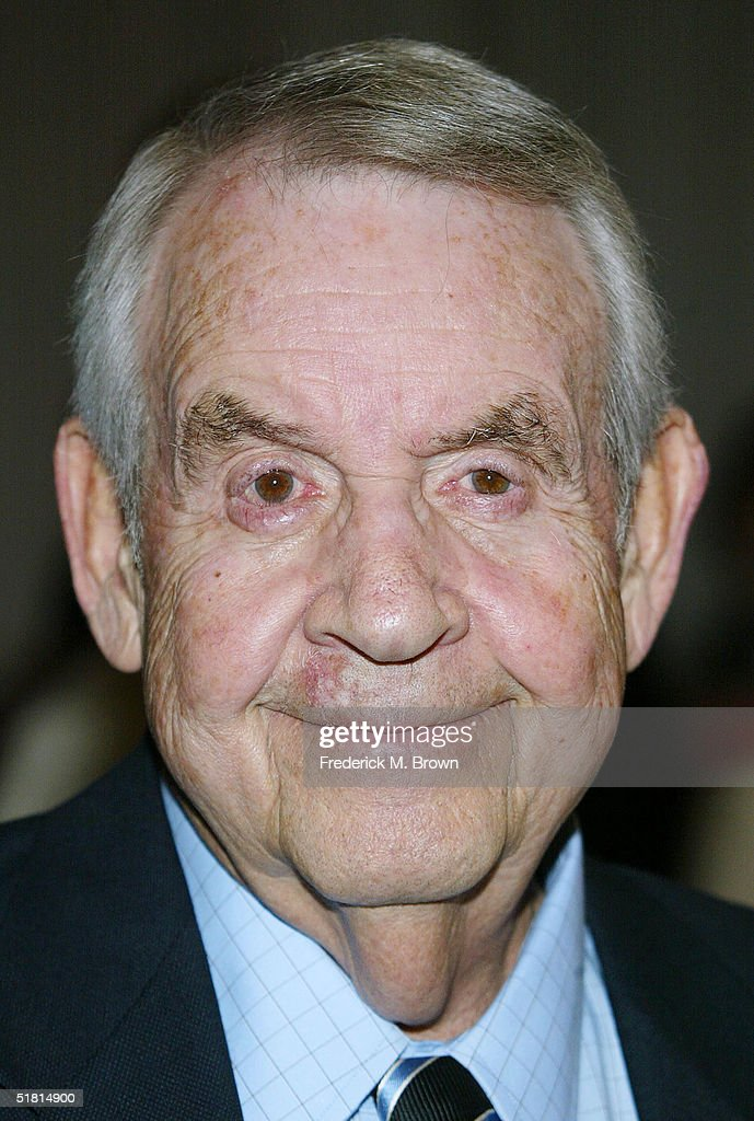 Actor Tom Bosley attends the Sixth Annual Family Television Awards at the Beverly Hilton Hotel on December 1 2004 in Beverly Hills California