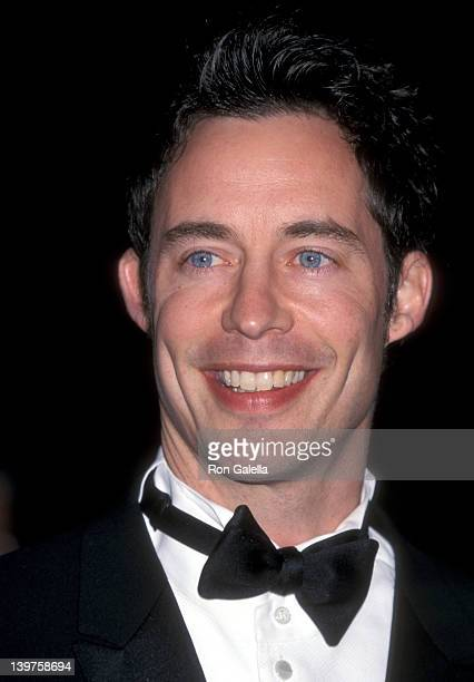 Actor Tom Cavanagh attends 27th Annual People's Choice Awards on January 7 2001 at the Pasadena Civic Auditorium in Pasadena California
