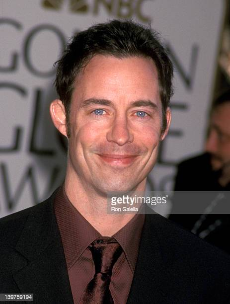 Actor Tom Cavanagh attends 59th Annual Golden Globe Awards on January 20 2002 at the Beverly Hilton Hotel in Beverly Hills California