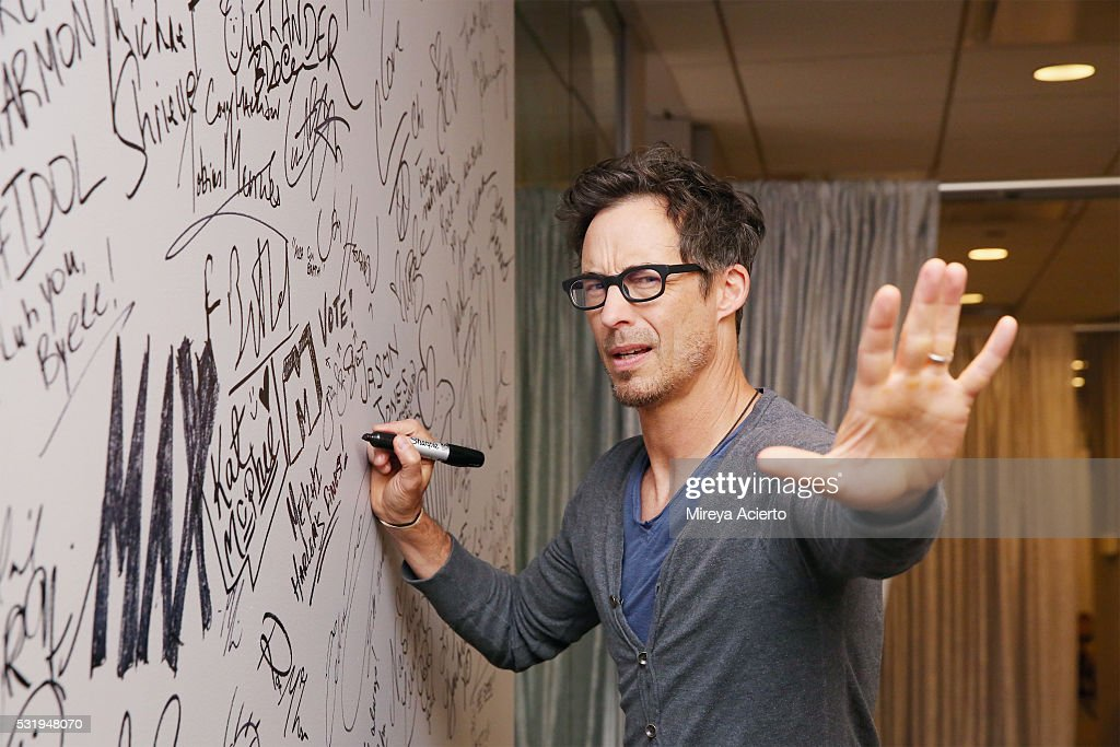 Actor Tom Cavanagh Visits AOL Build