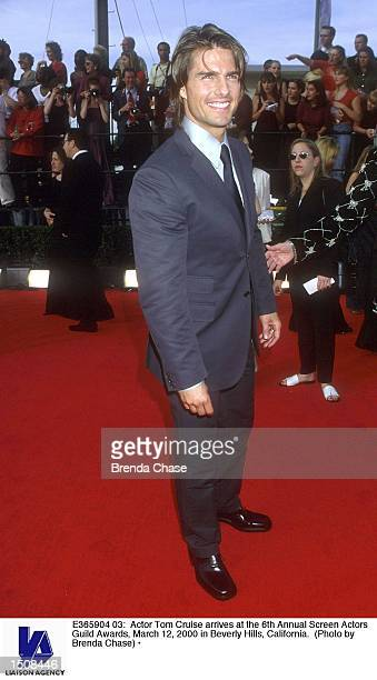Actor Tom Cruise arrives at the 6th Annual Screen Actors Guild Awards March 12 2000 in Beverly Hills California