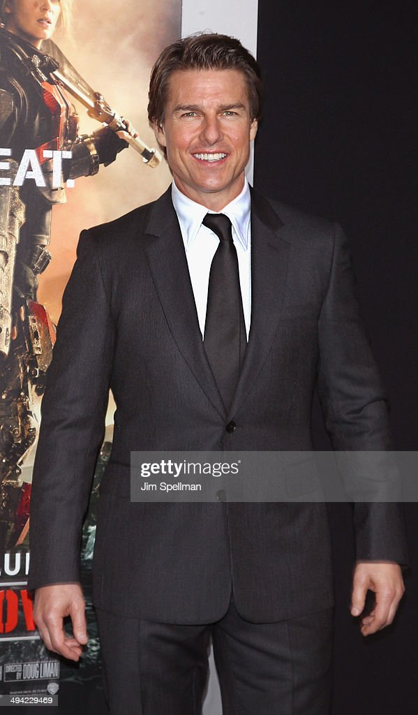 Actor <a gi-track='captionPersonalityLinkClicked' href=/galleries/search?phrase=Tom+Cruise&family=editorial&specificpeople=156405 ng-click='$event.stopPropagation()'>Tom Cruise</a> attends the 'Edge Of Tomorrow' red carpet repeat fan premiere tour at AMC Loews Lincoln Square on May 28, 2014 in New York City.