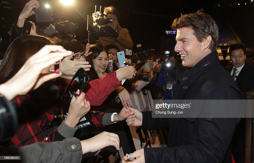 Actor <a gi-track='captionPersonalityLinkClicked' href=/galleries/search?phrase=Tom+Cruise&family=editorial&specificpeople=156405 ng-click='$event.stopPropagation()'>Tom Cruise</a> attends the 'Jack Reacher' Fan Screening at Busan Cinema Center on January 10, 2013 in Busan, South Korea. The film will open on January 17 in Korea.