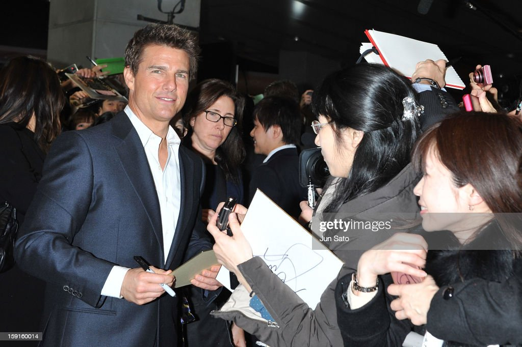 Actor <a gi-track='captionPersonalityLinkClicked' href=/galleries/search?phrase=Tom+Cruise&family=editorial&specificpeople=156405 ng-click='$event.stopPropagation()'>Tom Cruise</a> attends the 'Jack Reacher' Japan Premiere at Tokyo International Forum on January 9, 2013 in Tokyo, Japan.