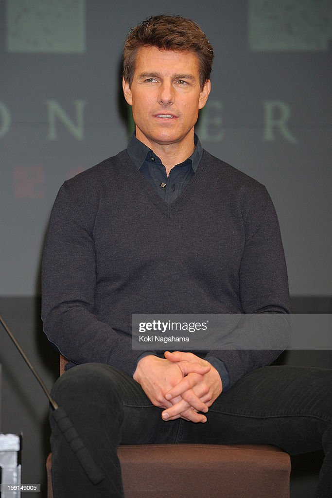 Actor <a gi-track='captionPersonalityLinkClicked' href=/galleries/search?phrase=Tom+Cruise&family=editorial&specificpeople=156405 ng-click='$event.stopPropagation()'>Tom Cruise</a> attends the 'Jack Reacher' press conference at the Ritz Carlton Tokyo on January 9, 2013 in Tokyo, Japan.