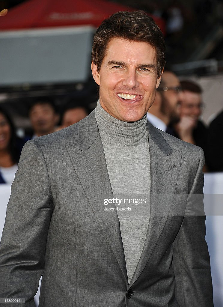Actor <a gi-track='captionPersonalityLinkClicked' href=/galleries/search?phrase=Tom+Cruise&family=editorial&specificpeople=156405 ng-click='$event.stopPropagation()'>Tom Cruise</a> attends the premiere of 'Oblivion' at the Dolby Theatre on April 10, 2013 in Hollywood, California.