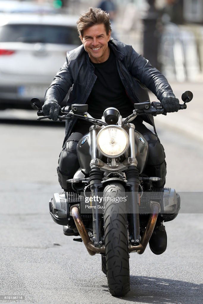 tom cruise on the set of mission:impossible 6 gemini - in paris