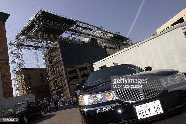 US actor Tom Cruise's limousine awaits in front of the set as Cruise works on director Steven Spielberg's latest film 'Minority Report' on the Warner...