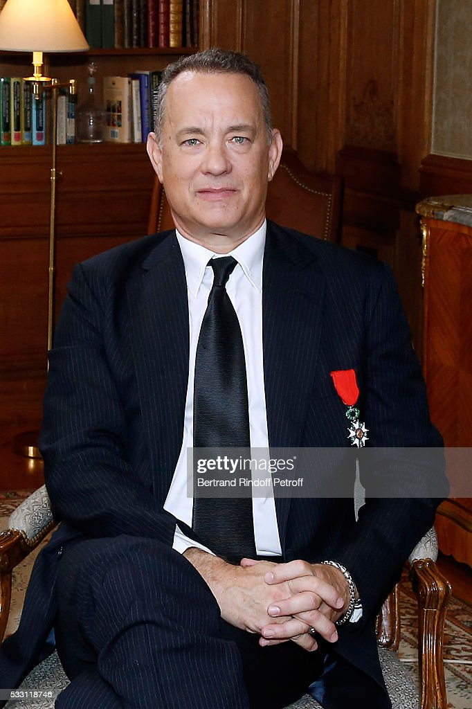 Tom Hanks, Tom Brokaw & Nick Mueller Receive La Legion D ...