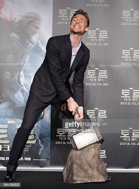 Actor Tom Hiddleston attends the 'Thor The Dark World' press conference at Conrad Hotel on October 14 2013 in Seoul South Korea Tom Hiddleston is...