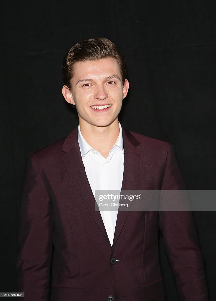 bio Actors tom holland.