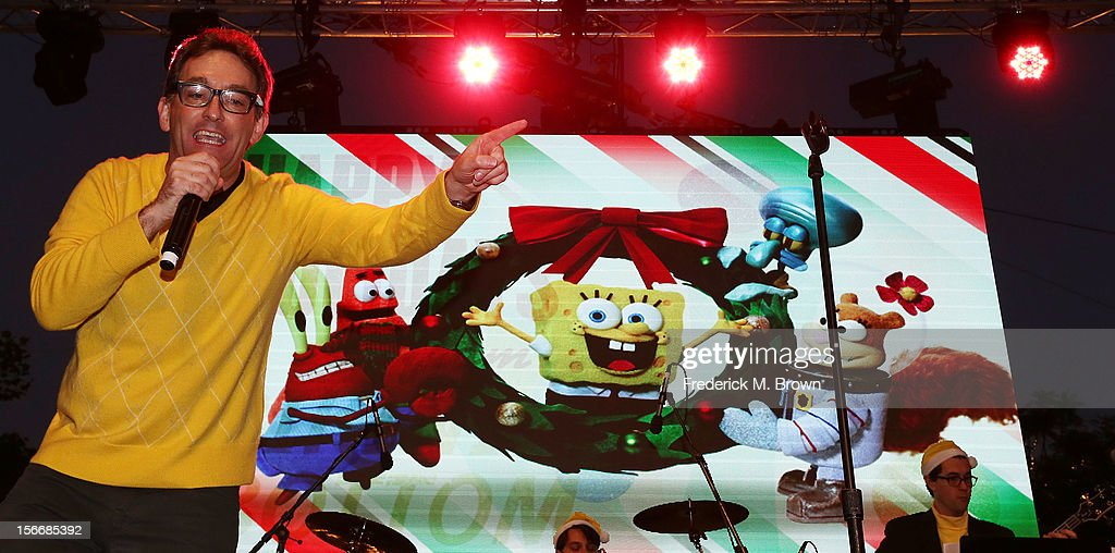 Actor <a gi-track='captionPersonalityLinkClicked' href=/galleries/search?phrase=Tom+Kenny&family=editorial&specificpeople=215463 ng-click='$event.stopPropagation()'>Tom Kenny</a> performs during Nickelodeon's Spongebob Holiday Extravapants At The Grove on November 18, 2012 in Los Angeles, California.