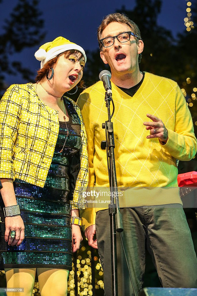 Actor <a gi-track='captionPersonalityLinkClicked' href=/galleries/search?phrase=Tom+Kenny&family=editorial&specificpeople=215463 ng-click='$event.stopPropagation()'>Tom Kenny</a> (R) performs in the 'Spongebob Holiday Extravapants!' stage show at The Grove on November 18, 2012 in Los Angeles, California.