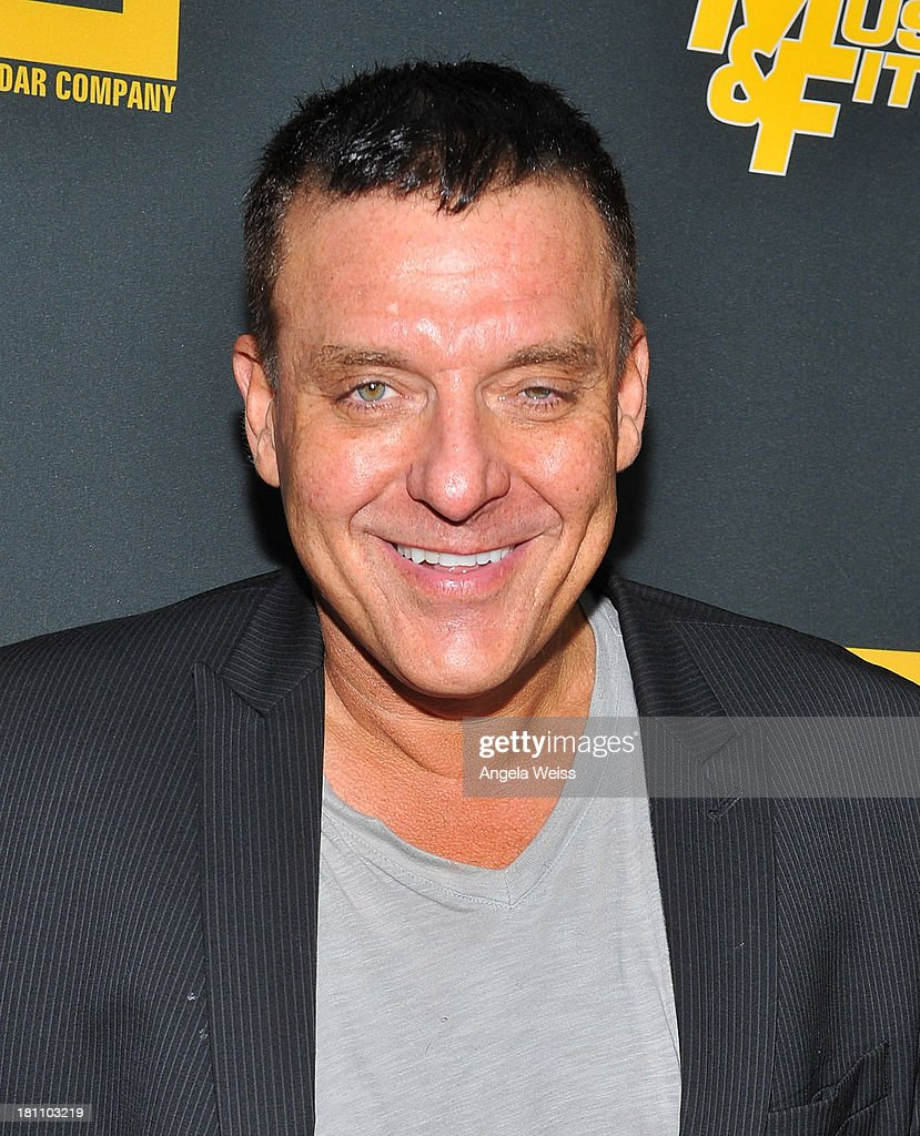 Actor <a gi-track='captionPersonalityLinkClicked' href=/galleries/search?phrase=Tom+Sizemore&family=editorial&specificpeople=841471 ng-click='$event.stopPropagation()'>Tom Sizemore</a> arrives at the Los Angeles premiere of 'GENERATION IRON' at Chinese 6 Theater Hollywood on September 18, 2013 in Hollywood, California.