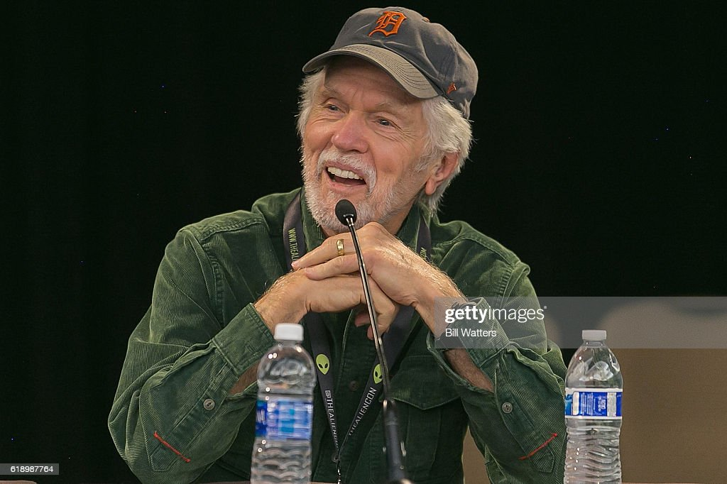 Actor Tom Skerritt speaks on the panel for the movie Alien during the AlienCon convention at the Santa Clara Convention Center on October 28, 2016 in Santa Clara, California.