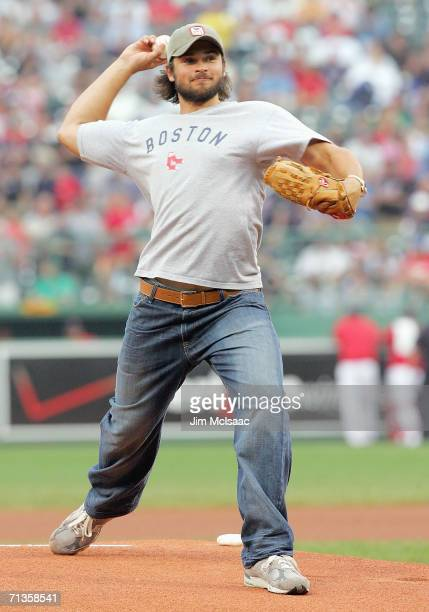 Actor Tom Welling throws out the first pitch before the game between the Boston Red Sox and the New York Mets on June 29 2006 at Fenway Park in...