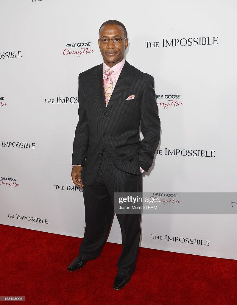 Actor Tommy Davidson attends the Los Angeles premiere of Summit Entertainment's 'The Impossible' at ArcLight Cinemas Cinerama Dome on December 10, 2012 in Hollywood, California.