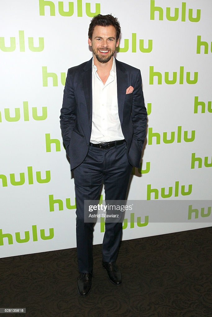 Actor <a gi-track='captionPersonalityLinkClicked' href=/galleries/search?phrase=Tommy+Dewey+-+Actor&family=editorial&specificpeople=5808555 ng-click='$event.stopPropagation()'>Tommy Dewey</a> attends the 2016 Hulu Upftont on May 04, 2016 in New York, New York.