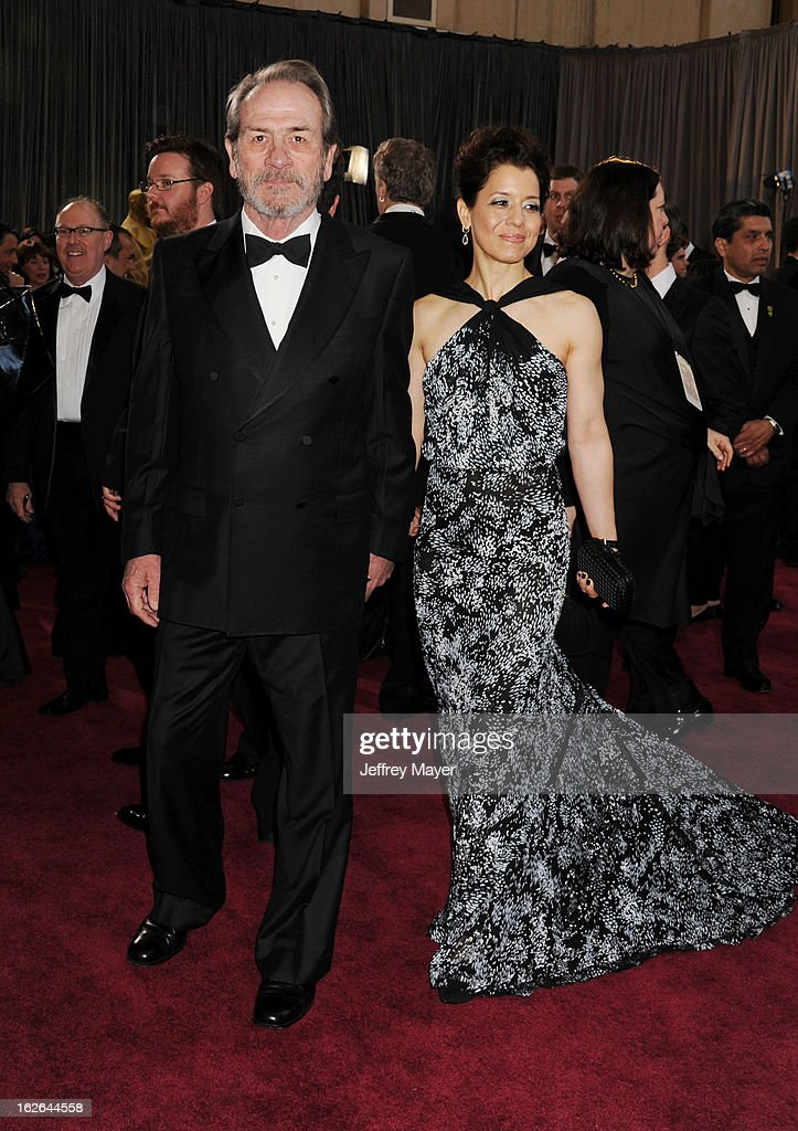Actor Tommy Lee Jones and Dawn Laurel-Jones arrive at the 85th Annual Academy Awards at Hollywood & Highland Center on February 24, 2013 in Hollywood, California.