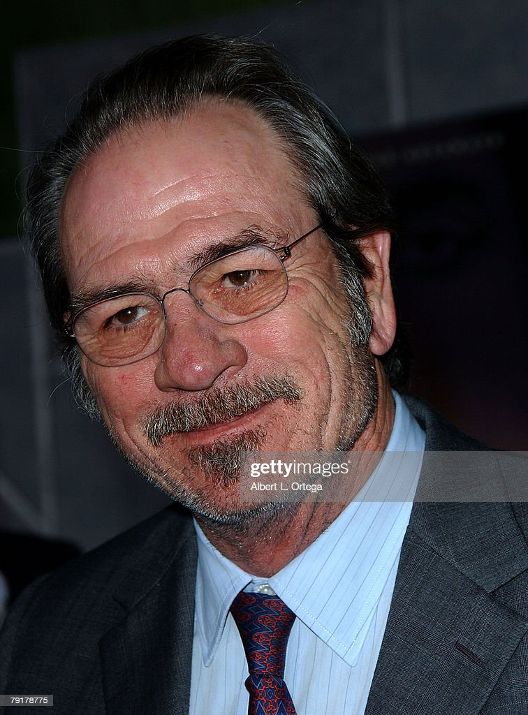 Actor Tommy Lee Jones arrives at the Miramax Films' Los Angeles Premiere of 'No Country For Old Men' at the El Capitan Theater in Hollywood, California.