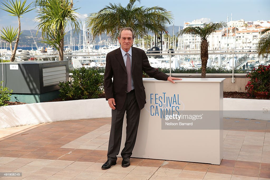 Actor <a gi-track='captionPersonalityLinkClicked' href=/galleries/search?phrase=Tommy+Lee+Jones&family=editorial&specificpeople=204174 ng-click='$event.stopPropagation()'>Tommy Lee Jones</a> attends 'The Homesman' photocall during the 67th Annual Cannes Film Festival on May 18, 2014 in Cannes, France.