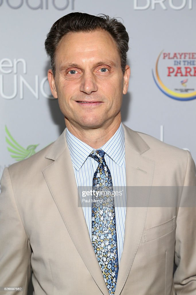 Actor <a gi-track='captionPersonalityLinkClicked' href=/galleries/search?phrase=Tony+Goldwyn&family=editorial&specificpeople=234897 ng-click='$event.stopPropagation()'>Tony Goldwyn</a> attends the Garden Brunch prior to the 102nd White House Correspondents' Association Dinner at the Beall-Washington House on April 30, 2016 in Washington, DC.